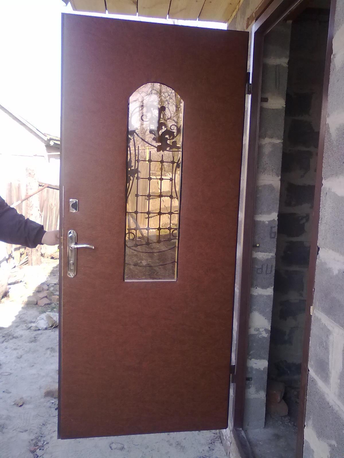 Прекрасное двери и вороты железа откатные ворота со встроенной калиткой схема