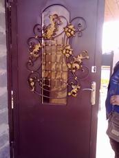 Вхідні металеві двері (не китай) у Черкасах