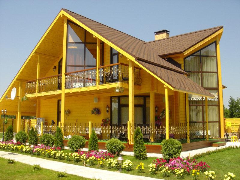 Будівництво будинків з клеєного бруса
